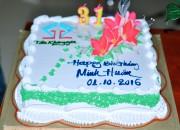 Tập thể anh em công ty Tân Khang Gia mừng sinh nhật anh Minh Huân